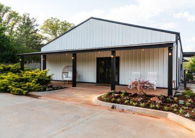 Esperanza Ranch Bridal Suite Building